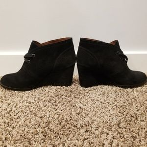 Lucky brand black wedge suede booties